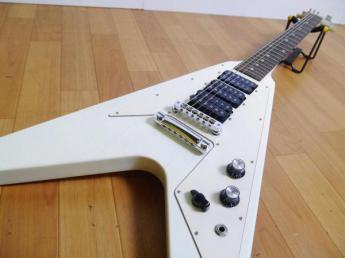 Gibson/ギブソン エレキギター Flying V Faded