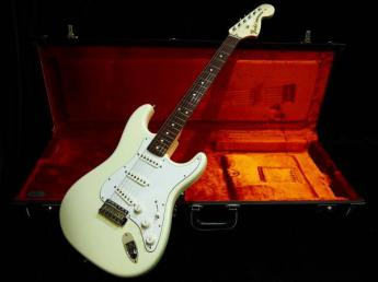 American Vintage '70s Stratocaster